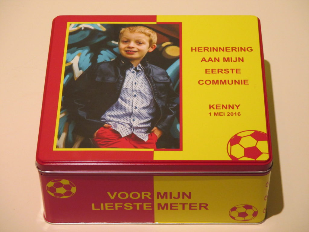 Drukwerk en communiebedankjes in KV Mechelen thema voor Kenny